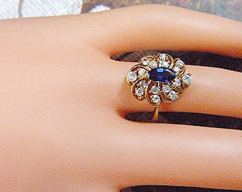 Vintage Gold and Rhinestone Blue Solitaire Ring -- Size 5.5 - R-004
