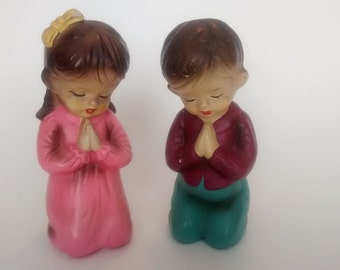 Vintage Chalkware Children Praying