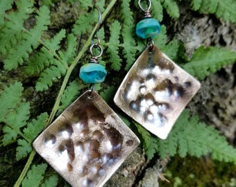 Handmade hammered bronze earrings.