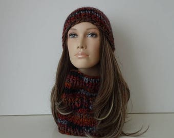 Hat and snood for women and teens - one size