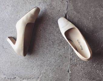 Gold Metallic Pumps Heels / Minimalist Heels / Minimalist Shoes / Vintage 90s Heels / Chunky Heels / 7.5