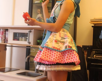 Retro womens aprons with Parisienne print and polka dots. Flirty and cute.  Perfect gift.