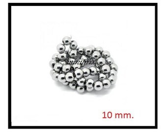 X 10 10mm silver round Hematite beads.