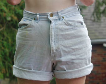 90s Light Washed Hand Embroidered Jean Shorts