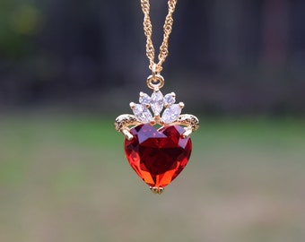 Evie Luxe Gold Necklace, Red Heart Necklace, July Birthday Gift, Descendants, Queen of Hearts, Heart Jewelry, Disney Fan, Valentine's Gift