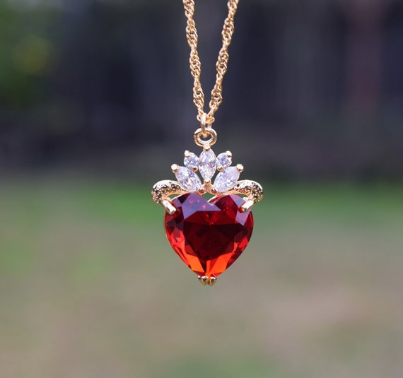 Evie Luxe Gold Necklace, Red Heart Necklace, July Birthday Gift, Descendants, Queen of Hearts, Heart Jewelry, Disney Fan, Mother's Day Gift