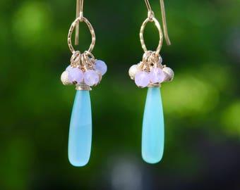 Light Green Onyx and Amethyst Earrings