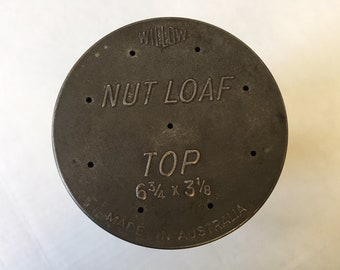 Vintage Willow Made in Australia Round Nut Loaf Tin