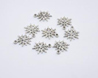 BR285 - Set of 8 silver metal snowflake charms