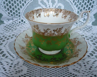 Royal Albert Bone China Teacup and Saucer REGAL SERIES  1945+