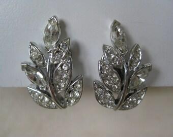 Leaf Rhinestone Earrings Clip Silver Clear Vintage Lisner