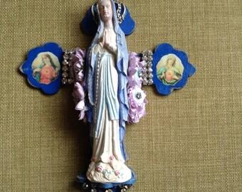 Virgin Mary mini shrine