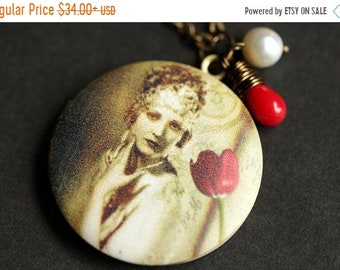 MOTHERS DAY SALE Flapper Woman Necklace. Vintage Woman Locket Necklace. 1920s Art Necklace. Bronze Necklace with Red Coral Teardrop and Pear