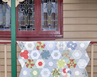 Quilt pattern: Hexagonal Dream – hexagon sampler (PDF download)