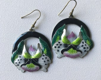 Vintage 1990's Orchid + Leaf Chandelier Drop Dangle Earrings NotoriousVintage
