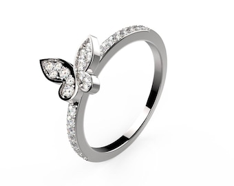 Mini butterfly wedding band - silver