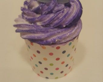 Lavender Freesia Bath Bomb Cupcake / Bath Fizzy / Bubble Bath / Bath Cupcake