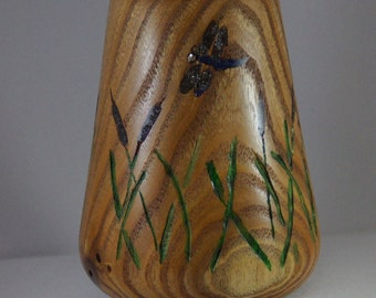 Dry flower Vase of Chinaberry Wood