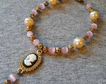 Cameo pearl bracelet