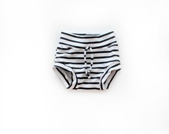 Black and White Stripe Shorties / Kids Boys Girls Shorts / Kids Clothes / Bloomers / Baby Kid Bummies / Unisex Shorts / Monochrome