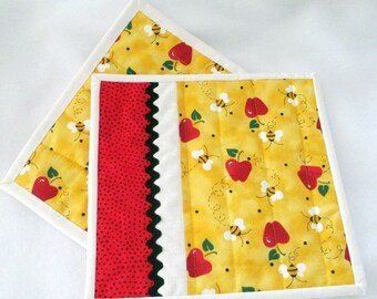 Reversible Mug Rugs, Mini Placemats, Quilted Mug Rugs, Hostess Gift, Home Decor, Snack Mats, Apples and Bumblebees