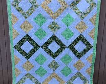 """Beautiful Handmade Finished Quilt 64"""" x 85"""" / green, yellow and white / twin or full / 100% quilt shop quality cotton fabric and batting"""