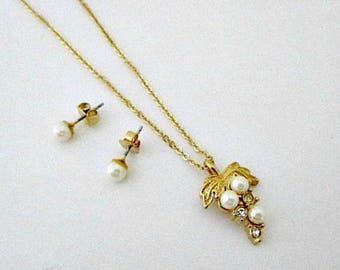 Avon Romantic Ensemble Gift Set in Original Box - Pearl Wedding Bride Jewelry Gift