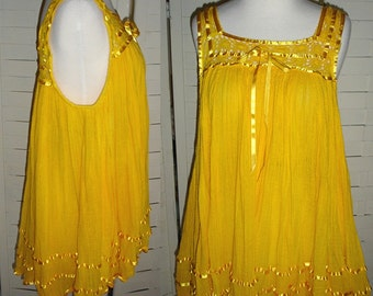 SUNNY DAYS AHEAD - Vintage MEXICAN Yellow Gauze and Crochet BABYDOLL Top