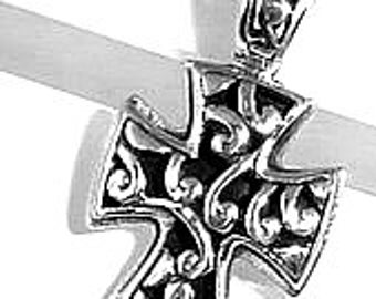 Cross Pendant Sterling silver. Back solid silver