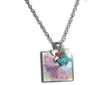 Butterfly Pendant. Digital Image. Resin. Chain. Butterfly N87
