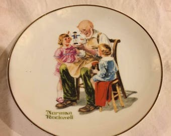 Norman Rockwell plate - The Toymaker - 1984