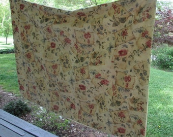 """Large Vintage Tablecloth - Pale Gold Floral - Spring Tablecloth - 59"""" by 82"""""""