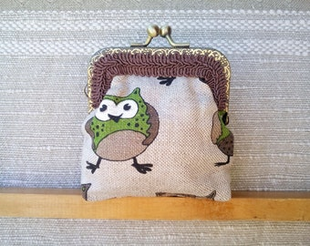Owl purse, fat owl gift, Money Wallet, Coin Pouch, Change Pouch, Fat Owl Kisslock Pouch, Earbud Pouch, Gift For Girl, Linen Money Purse