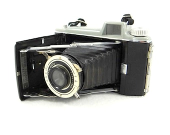 Kodak Tourist Folding Camera 620 from 1948. Excellent Condition