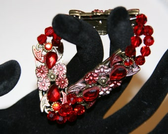 Red Metal Holiday Bracelet