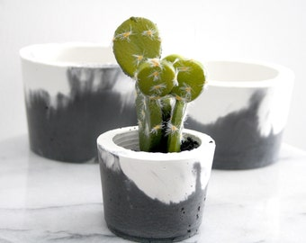 Indoor Plant Pot Small or Large - Mixed Charcoal with White