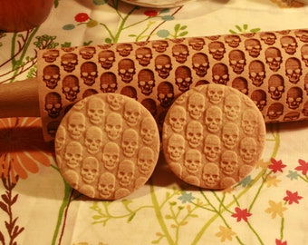 SKULLS Embossing Rolling Pin. Pattern with skulls. Death's-head pattern rolling pin. Halloween cookie. Baking Gift