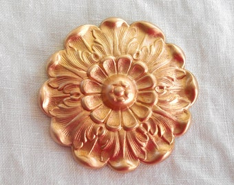 1 raw brass Victorian flower head, medallion, pendant, charm, brass stamping, ornament 42mm, made in the USA C73101