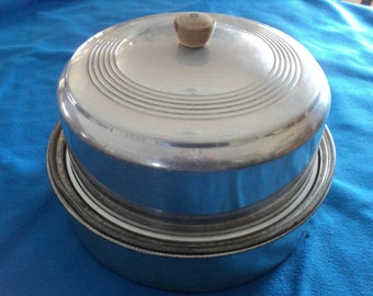 Vintage 60's Aluminum Cake and Pie Carrier