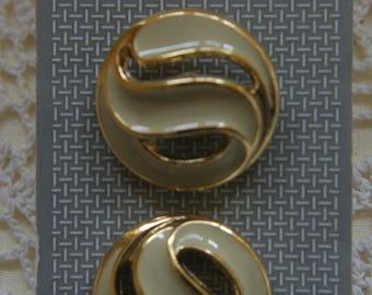 "2 cream & Gold Enamelled Metal Buttons Vogue Star Italian Range 2.5cm 1"" #98"