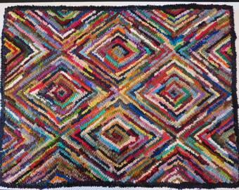 Primitive Hand hooked wool rug  JulieMayfieldHome  25.5 x 18.5