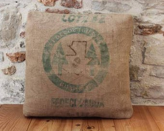 Cushion in cotton and printed burlap chocolate, removable and washable, 60 x 60 cm.