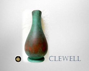 Clewell vintage vase with original verdigris patina - marked