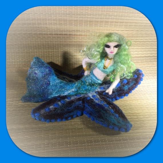 Mermaid Doll/Felted Mermaid/Mermaid Decor/Mermaid Art
