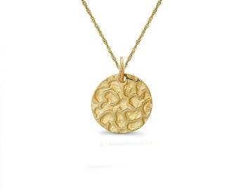 "14k solid gold panther print round disc on an 18"" gold chain."