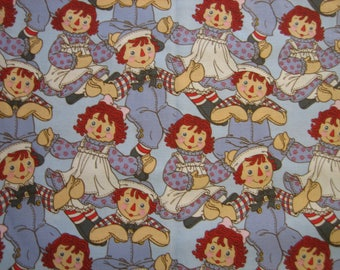 Raggedy Ann and Andy fabric ( BTHY )