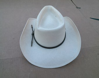 Charlie One Horse  Straw Cowboy Hat Mfg. by The Charlie One Horse Hat Company. Made in the USA