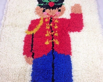 Mid Century Rya Latch-Hook-Rug-TOY-SOLDIER-Art-Wall-Hanging-Tapestry