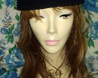 Black vintage cap.