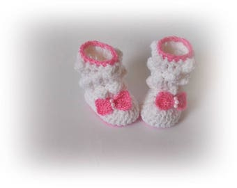 White crochet baby boots, Crochet baby boots, White pink shoes, Baby shoes, Newborn boots, Baby girl's, Crib shoes, Baby booties